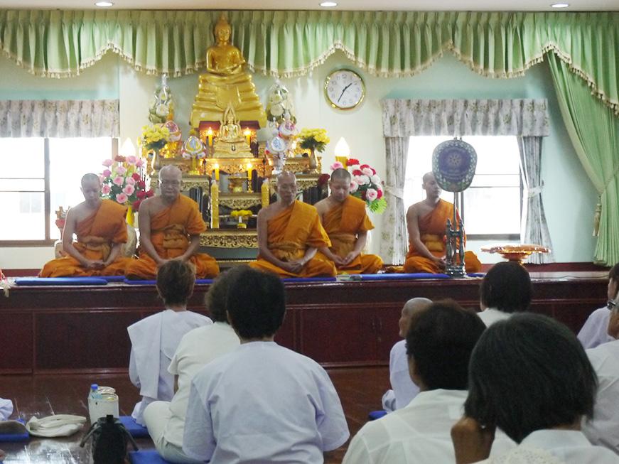 タイでのヴィパッサナー瞑想合宿
